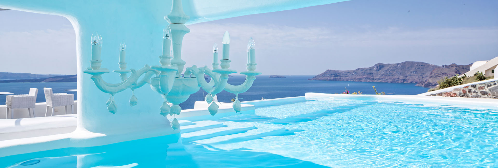 Wedding in Canaves Oia: A Fairy-Tale Comes True
