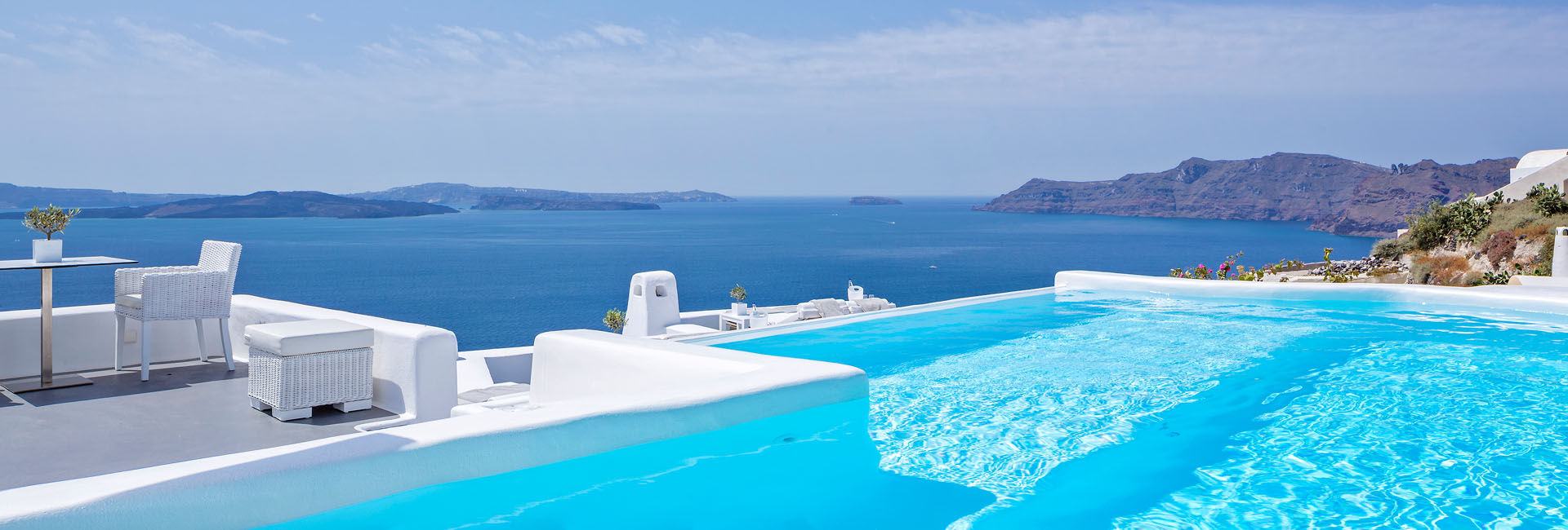 Share your Memories & Win a 3 Night's Stay at Canaves Oia