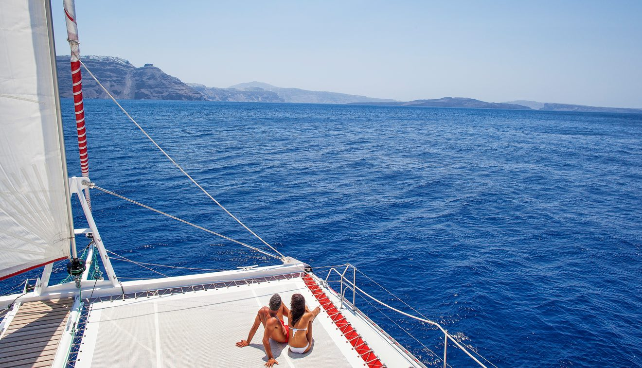 Santorini Boat trip: What not to miss